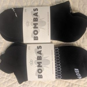 NWT 2- Pair, Black Bombas Size Large Ankle socks